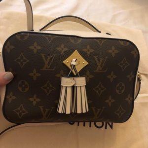 For Sale Like New Louis Vuitton Saintonge